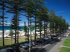 AUSTRALIA SIMPLY